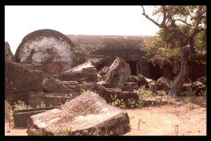 sadras_fort-1989